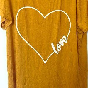 Tops - 'Love' Fashion Top